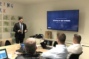 roland-youakim-presenting-at-mortgage-choice-pd-day